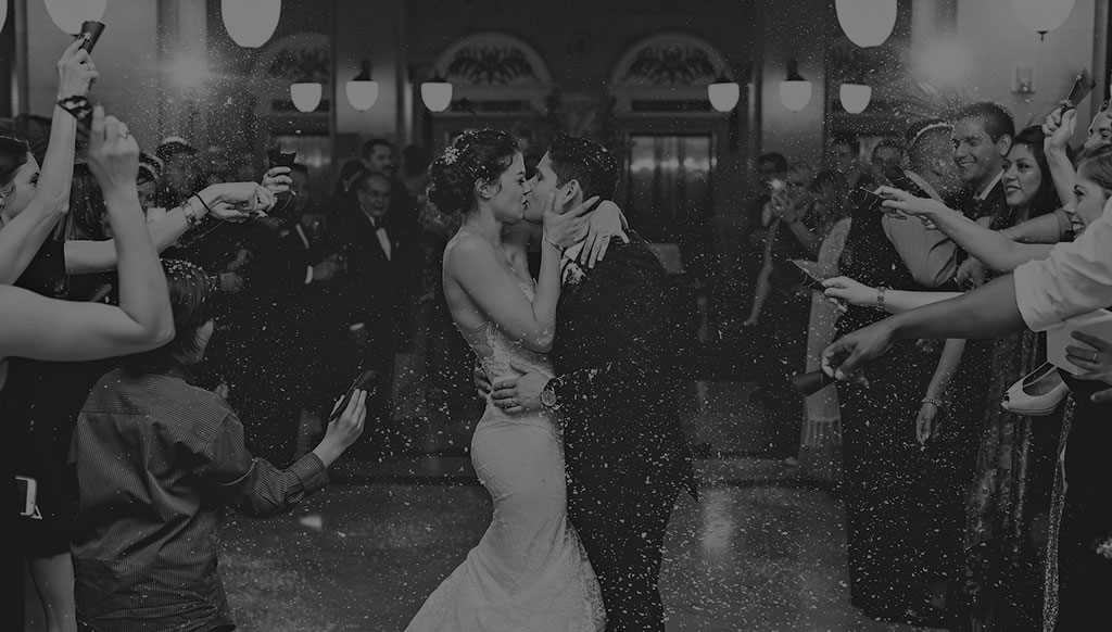 crystal-ballroom-houston-wedding-photographer-rice-lofts-inbal-dror-winter-wedding-woodlands-texas045